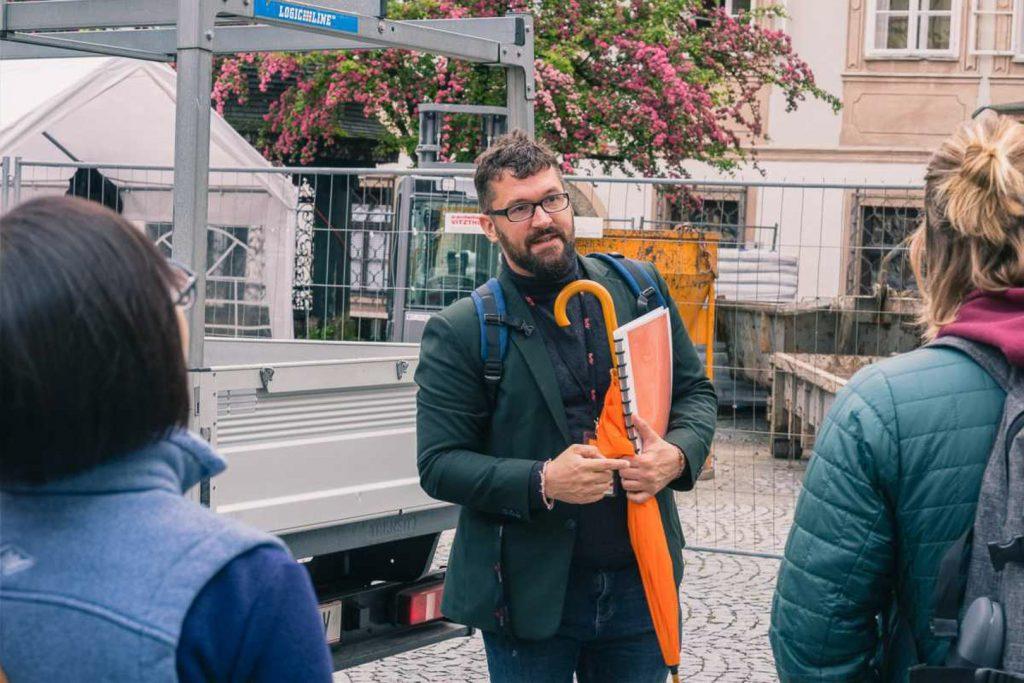 Gerhard Reus Guide